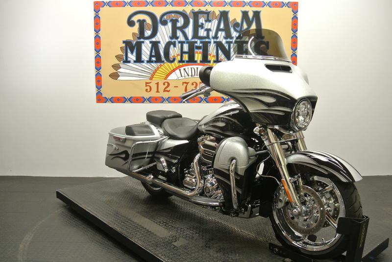 $29,950, 2015 Harley-Davidson FLHXSE -  Screamin Eagle CVO Street Glide