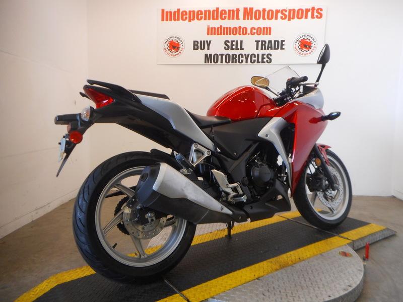 $2,795, 2011 Honda CBR250R CBR250 CBR 250R 250