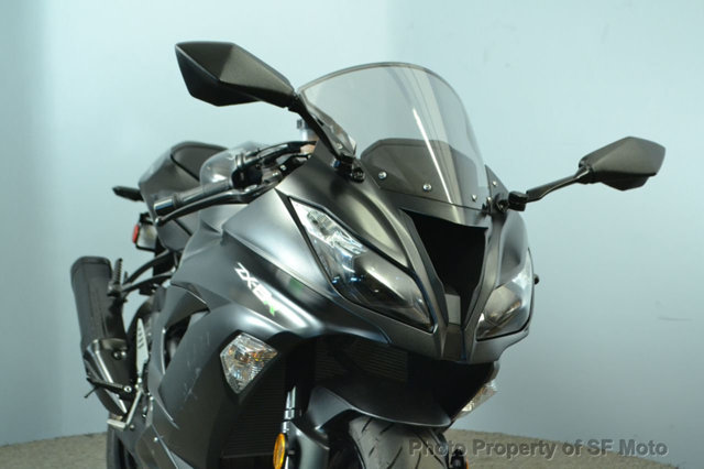 $9,498, 2015 Kawasaki Ninja 636 ZX-6R Less than 900 miles